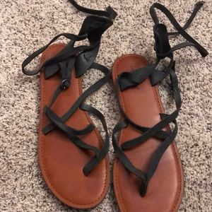 AE sandals size 10. Worn once or twice